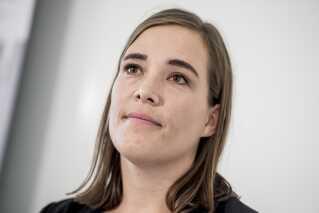 Astrid Krag har tidligere været minister, men mens hun var medlem af partiet SF. Det er derfor hendes første ministerpost som socialdemokrat.
