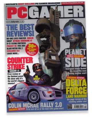 Counter Strike er fra den allerførste officielle version på forsiden af nogle af verdens største spilmagasiner. (PC Gamer, december 2000)