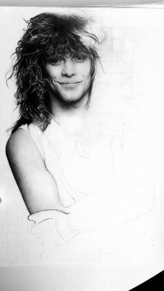 Ninas endnu ikke færdige tegning af Bon Jovi.