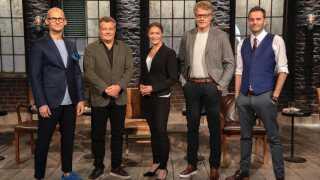 Mia Wagner sammen med hendes løve-kolleger; Christian Stadil, Peter Warnøe, Jan Dal Lehrmann og Jesper Buch.