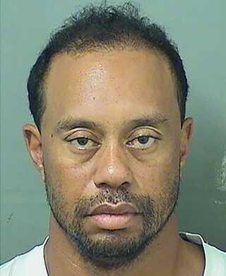 'Mug shot' af Tiger Woods, efter at politiet har arresteret ham for at køre bil i påvirket tilstand.