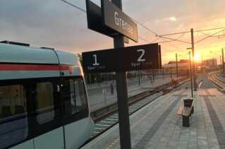 Letbanen begyndte at køre på strækningen til Grenaa i slutningen af april 2019.