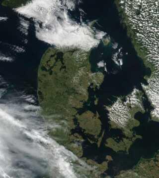 Danmark i juli 2017. Satellitfoto: Zoom Earth
