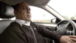 Højtuddannede indvandrere gør rent og kører taxa | Ligetil | DR