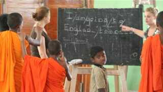 teaching-monks-in-sri-lanka.jpg