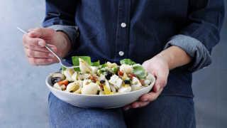 Italiensk inspireret pastasalat