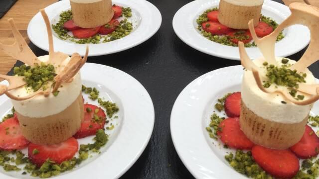 Passionstårne - lækker kage med passionsmousse