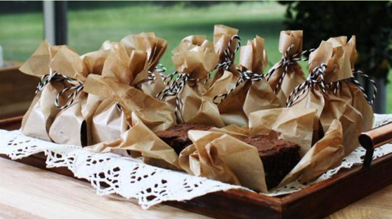 Billede af brownies med lime og nødder
