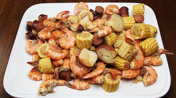 Billede af amerikansk gryderet med kartofler og majskolber