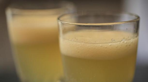 Billede af æble-cocktail