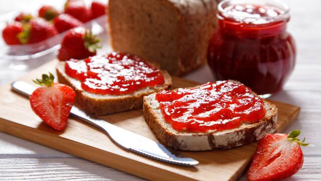 Hjemmelavet jordbærsyltetøj