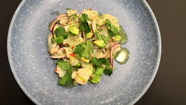 Ceviche med torsk og stærk chili