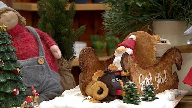 Kage formet som Julemandens kane.