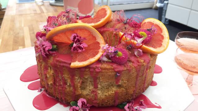 Flot kage med frugt