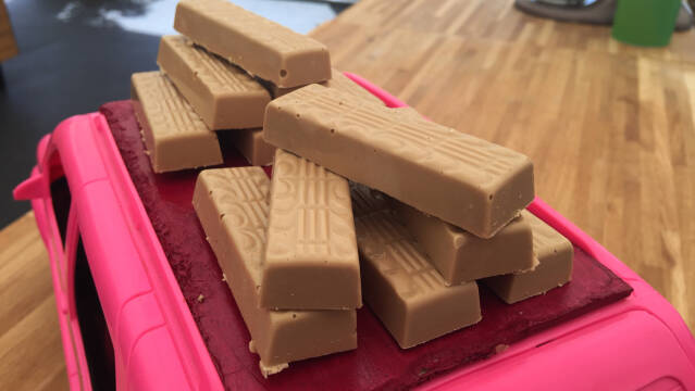 chokoladebarer af karamelliseret chokolade