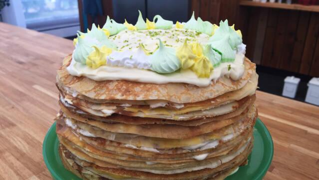 festlig kage af pandekager