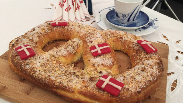 kringle med flag
