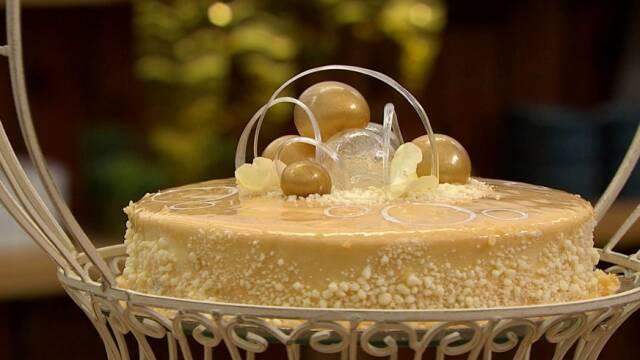 Smuk champagnekage til nytår