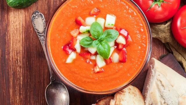 Spansk gazpacho i skål