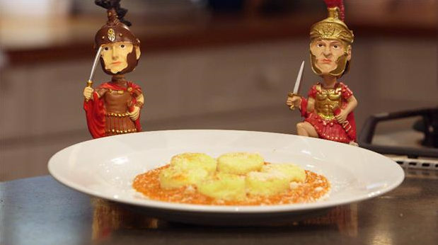 Billede af gnocchi alla romana med tomatsauce og parmesan