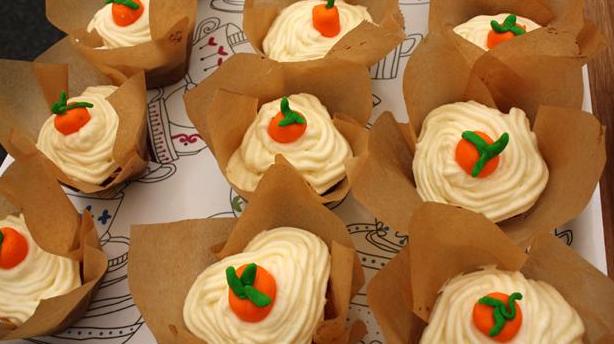 Sjove gulerodscupcakes med lækker frosting