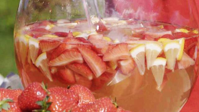 Bowle med jordbærpunch