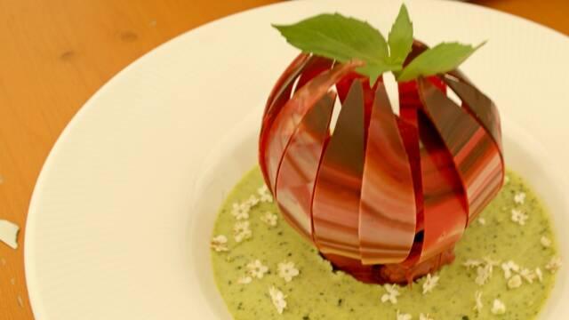 Dessert formet som åkande
