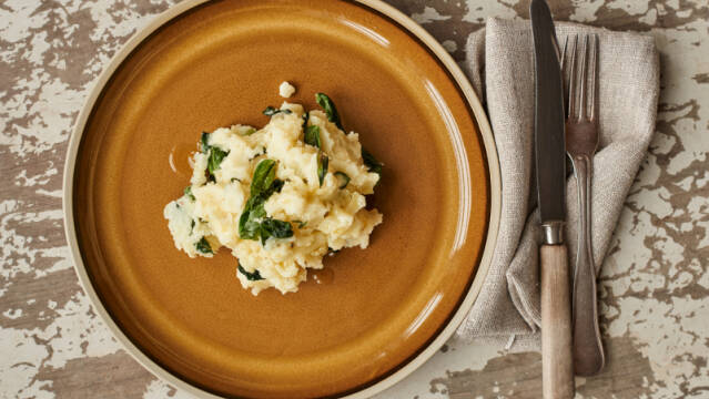 Kartoffelmos med basilikum