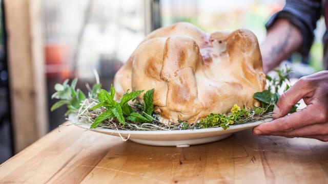 Kylling bagt i saltdej