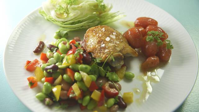 Kyllingeret med bønnesalat