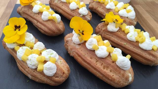 Billede af eclairs med lime og hvid chokolade