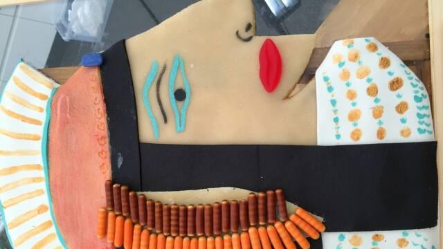Billede af smuk kage udformet som karao Cleopatra
