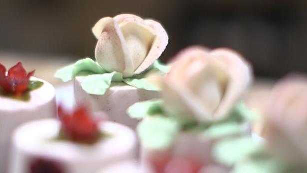 Billede af marcipanroser