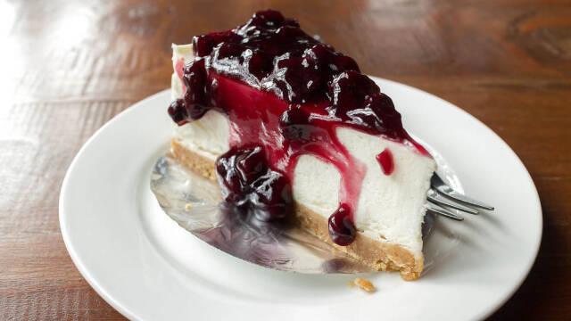 Cheesecake med blåbær.
