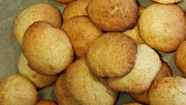 Gyldne småkager med ingefær