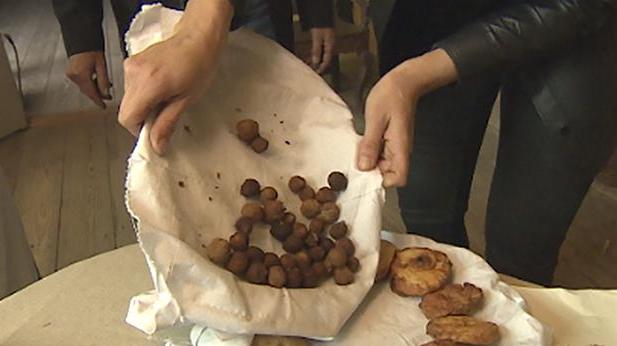 Billede af gammeldags pebernødder som de laves i Den Gamle By i Aarhus