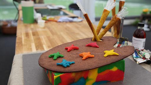 Kunstkage med ribs og marcipan