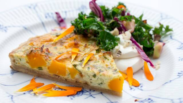 Grøntsagstærte med græskar og selleri