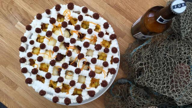 Tærte med valnød, marengs og appelsin/ølmousse