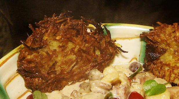 Billede af røsti med løg og timian