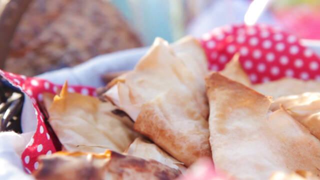 Samosa uden kød i skål