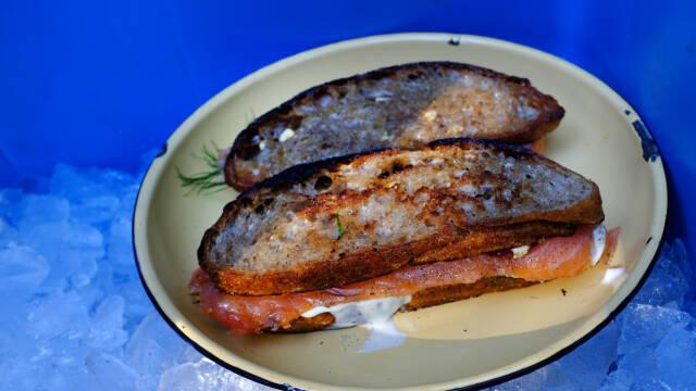to sandwich med laks
