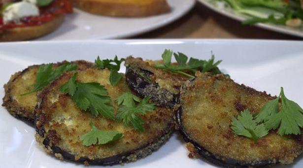 Billede af små sprøde aubergine sandwiches