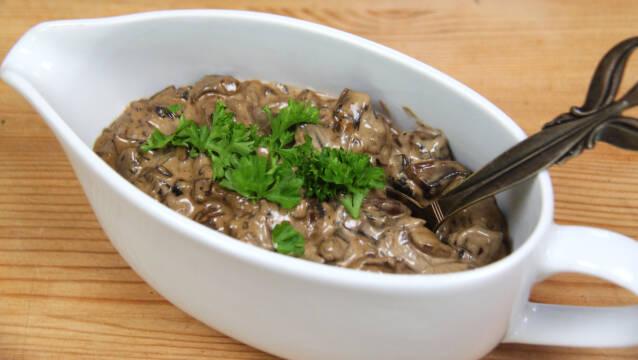 saucekande med svampe