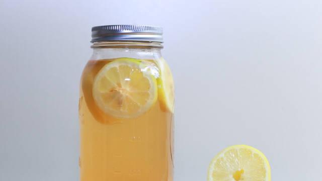 Vandkefir  med citrus