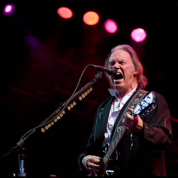 Neil Young 1:5 - Michael Falch & Neil Young