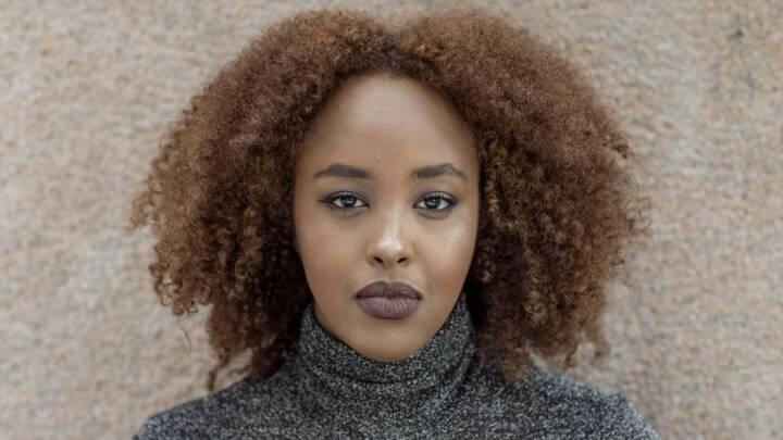Hinda på 24 oplever tit hyggeracisme: 'Det er klamt, når fyrene ser min hudfarve som en fetich'