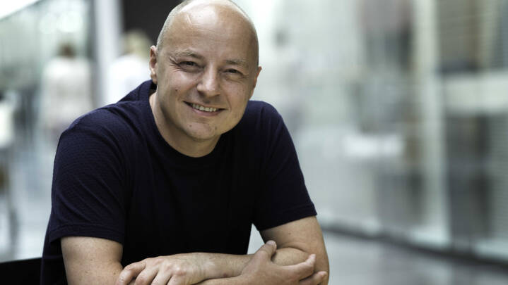 Kasper Tøstesen - Unge som målgruppe: Hvordan skaber man en stabil, digital retning i en konstant foranderlig tid?