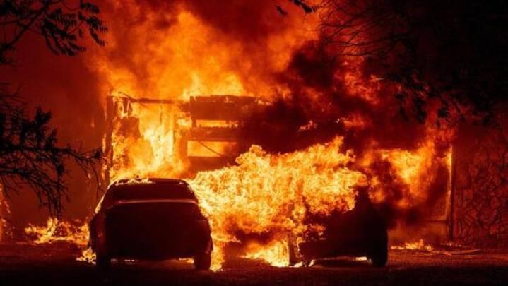 Tusinder flygter fra skovbrande i Californien