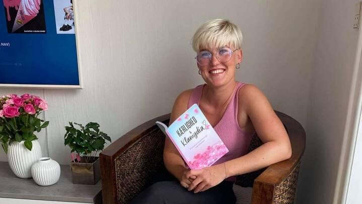 Michelle blev dumpet i datingprogram på DR: Nu har hun skrevet en bog om oplevelsen